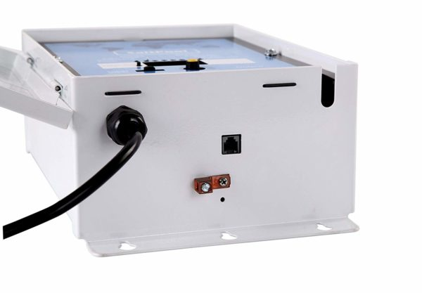 BLUE WORKS Pool Chlorine Generator Chlorinator BLH40   for 40k Gallon Pool   with Flow Switch and Salt Cell   Cell Plates Made in USA   5 Year Limited Warranty (White)